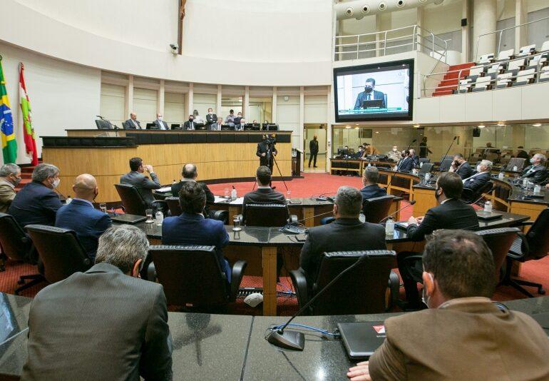 Propostas para revisão do Código Ambiental é debatida na Alesc